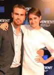 Celebrities Wonder 6961726_shailene-woodley-divergent-atlanta_4.jpg