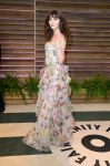 Celebrities Wonder 73498457_zooey-deschanel-vanity-fair-oscar-party-2014_2.jpg