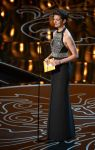 Celebrities Wonder 79210275_anne-hathaway-2014-oscar_2.jpg