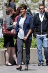 Celebrities Wonder 13813268_halle-berry-on-set-of-extant_1.JPG