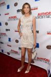 Celebrities Wonder 17227266_Authors-Anonymous-premiere_Tricia Helfer 1.jpg