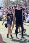 Celebrities Wonder 18318583_shenae-grimes-coachella-2014_2.jpg