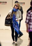 Celebrities Wonder 20142890_brooklyn-decker-lax-airport_2.jpg