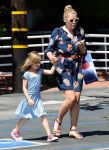 Celebrities Wonder 23233358_busy-phillipps-daughter_1.jpg