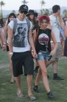 Celebrities Wonder 24991303_sarah-hyland-coachella-2014_1.jpg