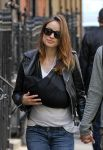 Celebrities Wonder 31721041_olivia-wilde-with-baby_5.jpg