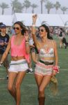 Celebrities Wonder 32802255_alessandra-ambrosio-coachella-2014_4.jpg