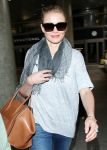 Celebrities Wonder 33448931_los-angeles-airport_4.jpg