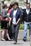 Celebrities Wonder 34680299_halle-berry-on-set-of-extant_2.JPG