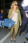 Celebrities Wonder 35518007_kate-upton-lax_3.jpg