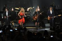 Celebrities Wonder 36257237_ACM-Presents-an-All-Star-Salute-to-the-Troops_Kimberly Perry 1.jpg