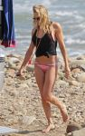 Celebrities Wonder 37769893_leann-rimes-bikini_4.jpg