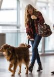 Celebrities Wonder 39021268_amanda-seyfried-airport_4.jpg