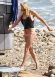 Celebrities Wonder 39108665_leann-rimes-bikini_5.jpg