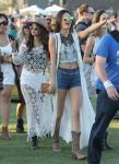 Celebrities Wonder 48671911_selena-gomez-coachella-2014_7.jpg
