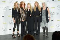 Celebrities Wonder 60913913_carrie-underwood-Rock-and-Roll-Hall-of-Fame-Induction-Ceremony_5.jpg