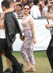 Celebrities Wonder 67407678_dita-von-teese-coachella-2014_4.jpg