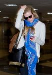 Celebrities Wonder 68698928_brooklyn-decker-lax-airport_5.jpg