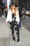 Celebrities Wonder 72213520_lindsay-lohan-david-letterman_1.JPG