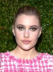 Celebrities Wonder 77545330_chanel-artists-dinner-tribeca-2014_2.jpg
