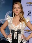 Celebrities Wonder 78032740_Captain-America-The-Winter-Soldier-hollywood-premiere_Scarlett Johansson 4.jpg