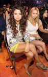 Celebrities Wonder 79516682_2014-kids-choice-awards_Selena Gomez 1.jpg