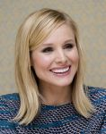 Celebrities Wonder 80575402_kristen-bell-House-of-Lies-photocall-LA_5.jpg