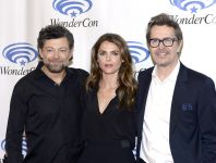 Celebrities Wonder 82882394_keri-russell-wonercon-2014-in -anaheim_3.jpg