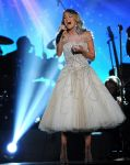 Celebrities Wonder 8853015_ACM-Presents-an-All-Star-Salute-to-the-Troops_1.jpg