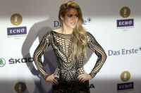 Celebrities Wonder 94690110_2014-echo-awards_Shakira 2.jpg