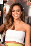 Celebrities Wonder 94892184_jessica-alba-mtv-movie-red-carpet-2014_3.jpg