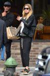 Celebrities Wonder 95193286_pregnant-doutzen-kroes_3.jpg