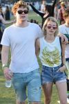 Celebrities Wonder 97773478_emma-roberts-coachella-2014_5.jpg