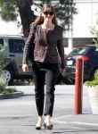 Celebrities Wonder 99006747_jennifer-garner-brentwood_1.jpg