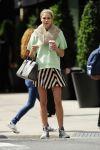 Celebrities Wonder 13307902_jessica-hart-nyc_2.jpg