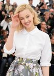 Celebrities Wonder 13628521_Maps-To-The-Stars-Photocall-Cannes_Sarah Gadon 3.jpg