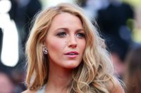 Celebrities Wonder 14321397_mr-turner-premiere-cannes_Blake Lively 3.jpg