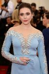 Celebrities Wonder 26166030_elizabeth-olsen-met-ball-2014_3.jpg