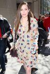 Celebrities Wonder 26288247_elizabeth-olsen-nbc-studios_5.jpg