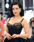 Celebrities Wonder 27576227_dita-von-teese-launches-her-lingerie-collection_4.JPG
