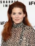 Celebrities Wonder 28906869_Gods-Pocket-New-York-Screening_Debra Messing 3.jpg