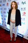 Celebrities Wonder 29315239_2014-AE-Networks-Upfront_Olivia Cooke 1.jpg