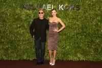 Celebrities Wonder 31164951_miranda-kerr-Michael-Kors-Kerry-Centre-Flagship-Store-opening-Shanghai_4.jpg