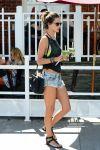 Celebrities Wonder 31749269_alessandra-ambrosio-short-shorts_3.jpg