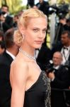 Celebrities Wonder 33006174_cannes-film-festival-closing-ceremony_Aymeline Valade 2.jpg