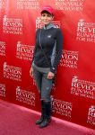 Celebrities Wonder 35526983_EIF-Revlon-Run-Walk-For-Women_Halle Berry 1.jpg