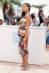 Celebrities Wonder 38520893_rosario-dawson-the-captive-photocall-cannes_1.jpg