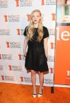 Celebrities Wonder 39016993_amanda-seyfried-No-Kid-Hungry-Culinary-Spring-Dinner_1.jpg