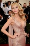 Celebrities Wonder 39174262_blake-lively-met-gala-2014_3.jpg