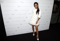 Celebrities Wonder 42613175_victoria-beckham-at-the-On-Pedder-store-Singapore_3.jpg